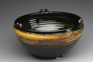 gallery_full_serving_bowl_amber_bk