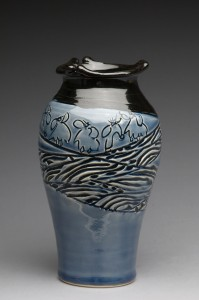 gallery_full_vase_daffodil_blue_bk